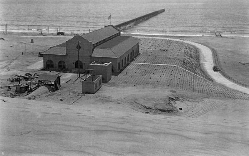 wnuca_1920s_Hyperion_plant.jpg