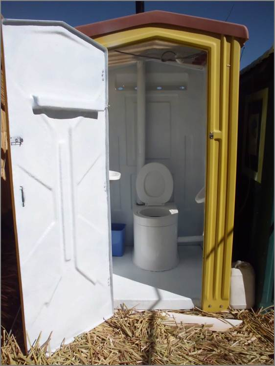floatingtoilet.jpg